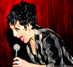 Victoria Libertore as Liza Minnelli